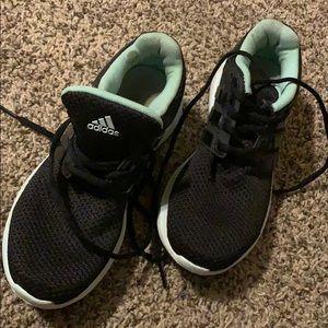 Adidas• Mint & Black Cloud Foam shoe